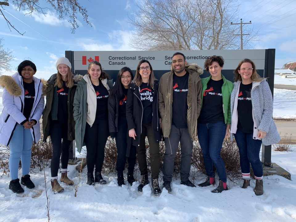 Photo of the first group of students who were part of the Walls to Bridges class in January 2020 outside of the federal correctional institution.