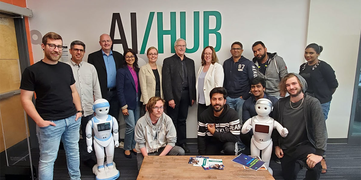 Participants of the Durham College joins SHARCNET to advance applied research at AI Hub.